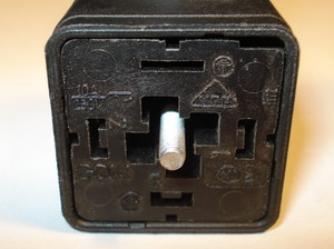 Valve connector 230V DC